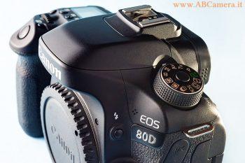 parte superiore della Canon EOS 80D
