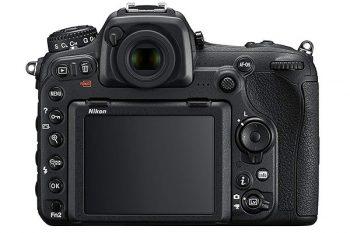 retro della Nikon D500