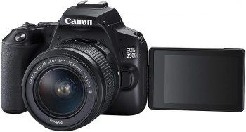 Il display orientabile della reflex Canon EOS 250D