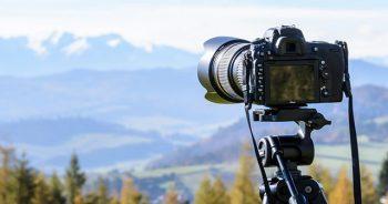 fotocamera su cavalletto