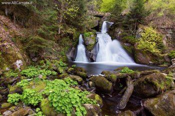 foto di una cascata (immagine decorativa)